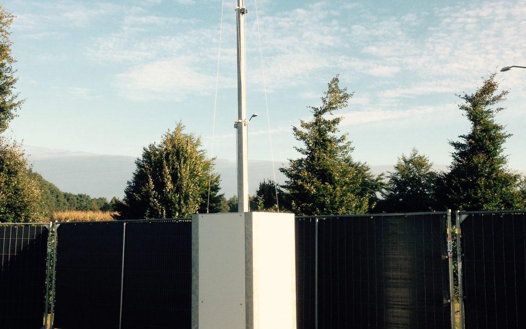 Nieuw in de verhuur! Mobiele cameramasten, leverbaar met verschillen type (HD) camera's, ook kenteken registratie mogelijk! Tevens leverbaar met generator, zonnepaneel en/of verlichting. Ook geschikt voor bouwplaats bewaking.